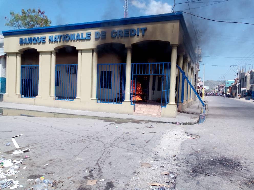 L'incendie de Banque National de crédit à Saint-Marc